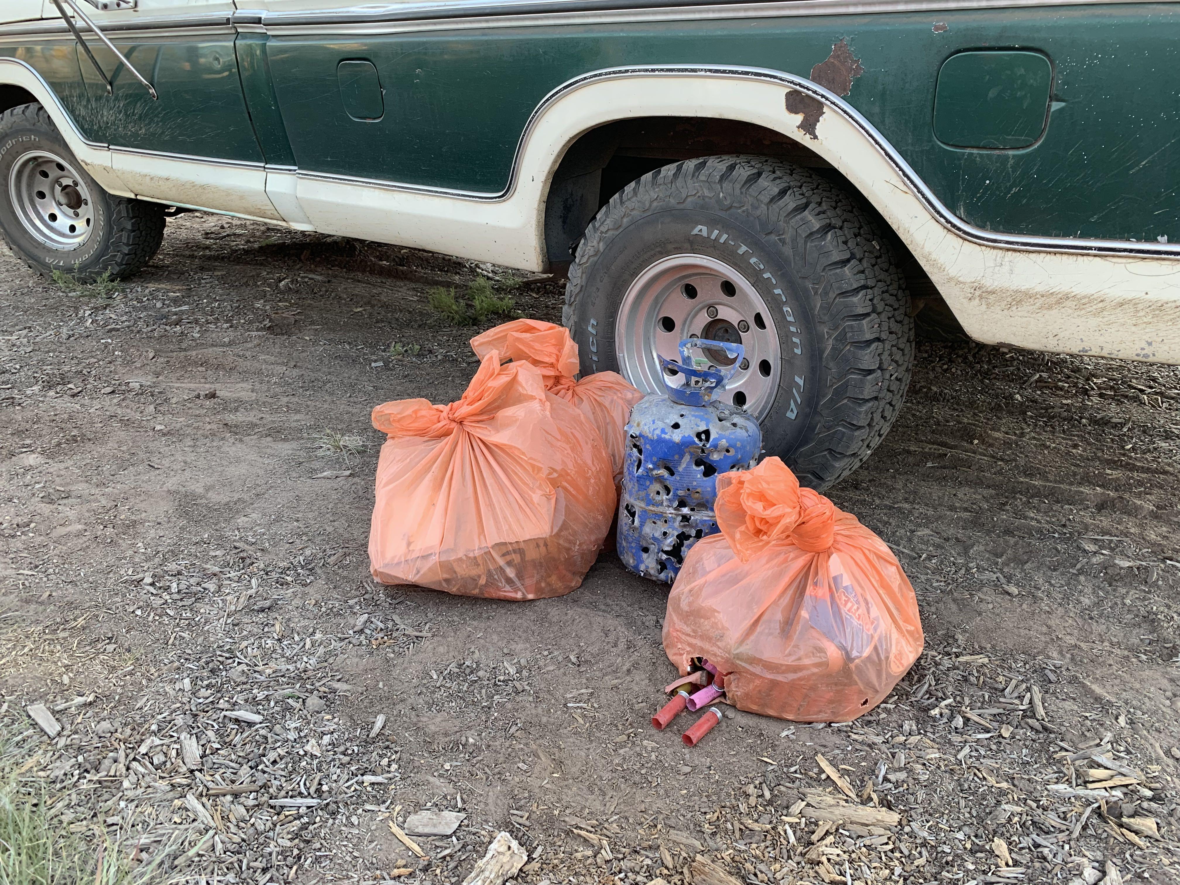 The Leatherman Gambler 500 team picking up trash.
