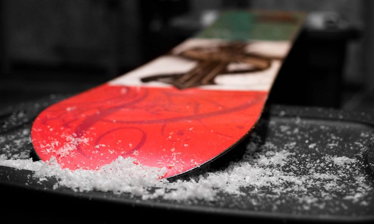 snowboard wax