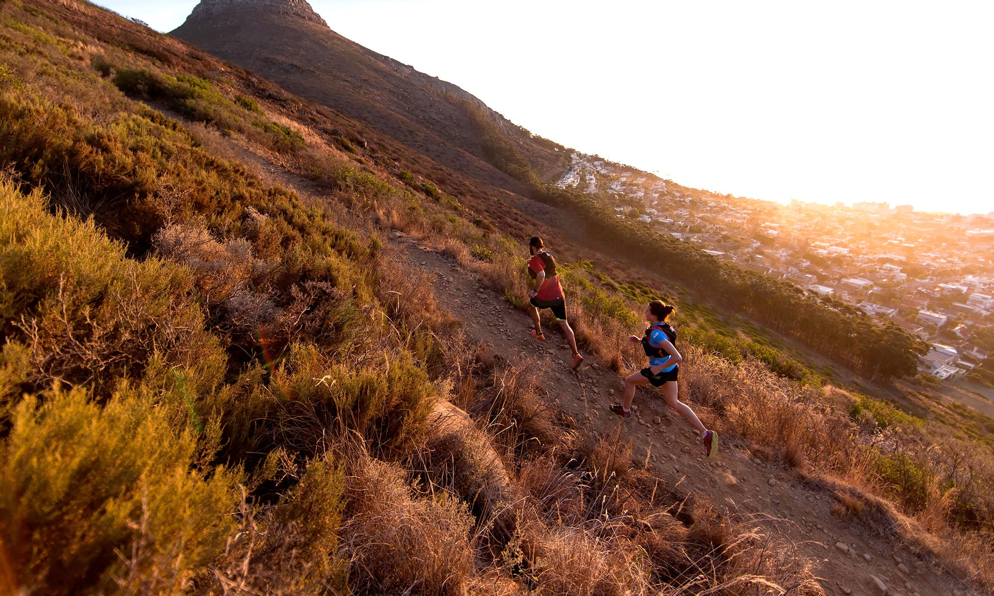 8 Must-Have Items for Trail Running