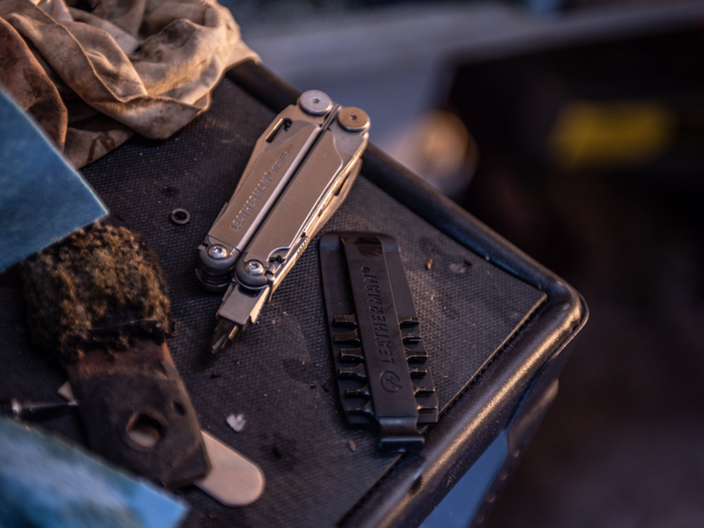 Leatherman Wave with driver bits