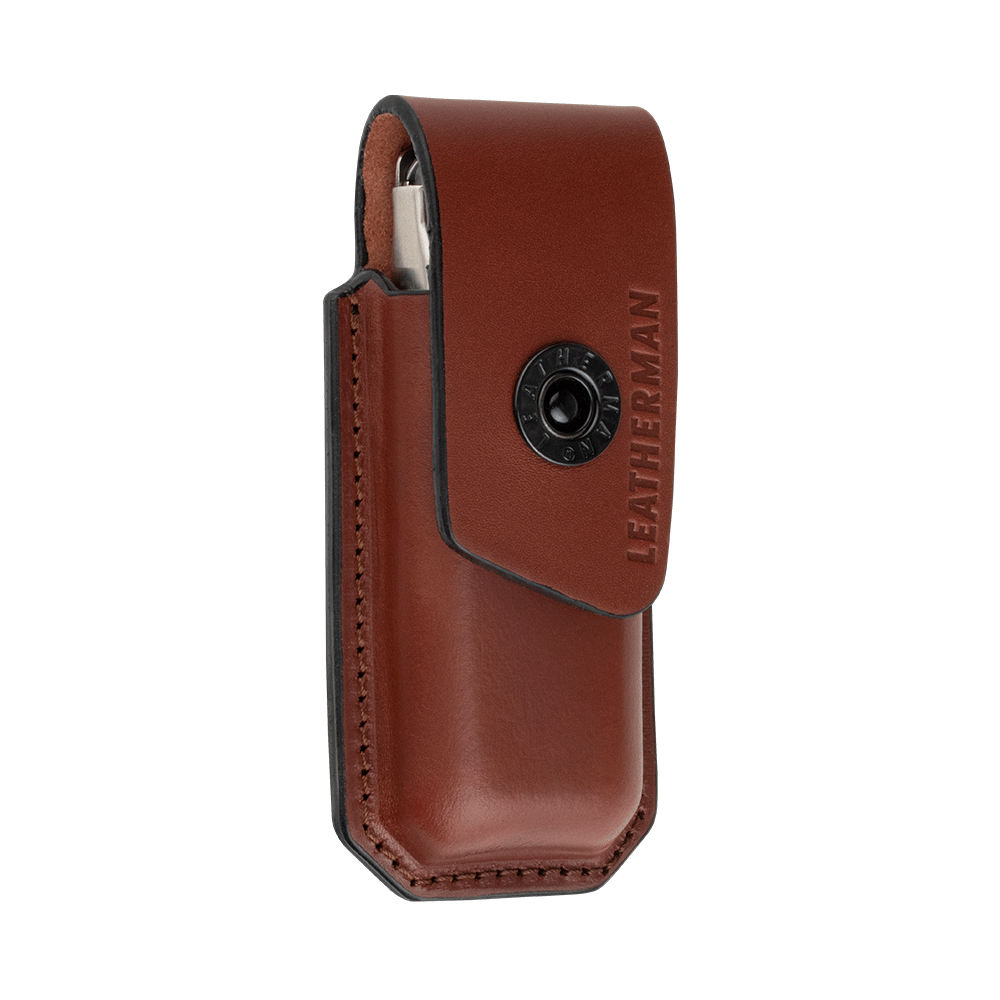 Front of Medium Leather Ainsworth Sheath